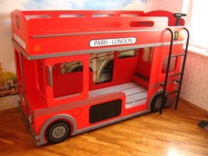 детская кровати автобус
