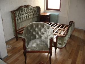 кровать с креслом
