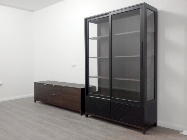 тумба и витрина в собранном состоянии