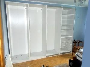 установка наполнения в шкафу