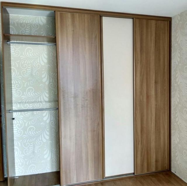 установка дверей в шкаф-купе
