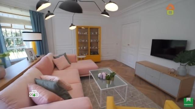 мебель в интерьере комнаты
