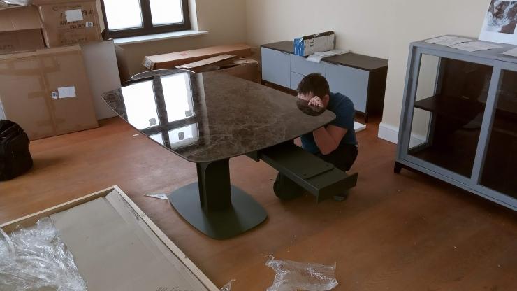 сборка итальянского стола